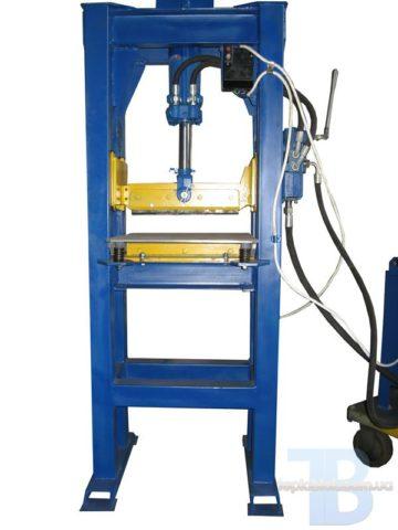 Гильотина для производства рваного (колотого) блока, кирпича.