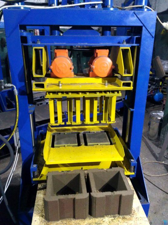 Вибропресс гидравлический для производства шлакоблока, тротуарной плитки и рваного камня ВП-1000 фото 3
